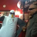 A Seagull walks into a Bar